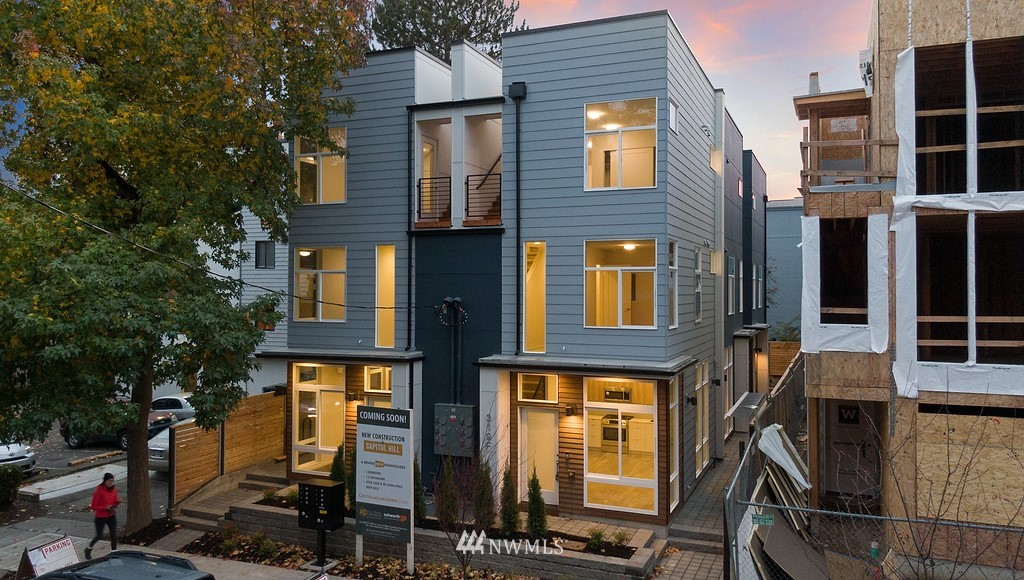Sold Property | 319 Malden Avenue E Seattle, WA 98112 0