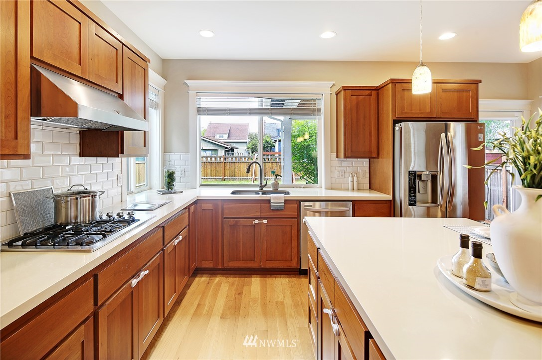 Sold Property | 7541 14th Avenue NW Seattle, WA 98117 7