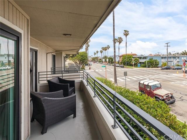 Active | 700 Esplanade #21 Redondo Beach, CA 90277 23