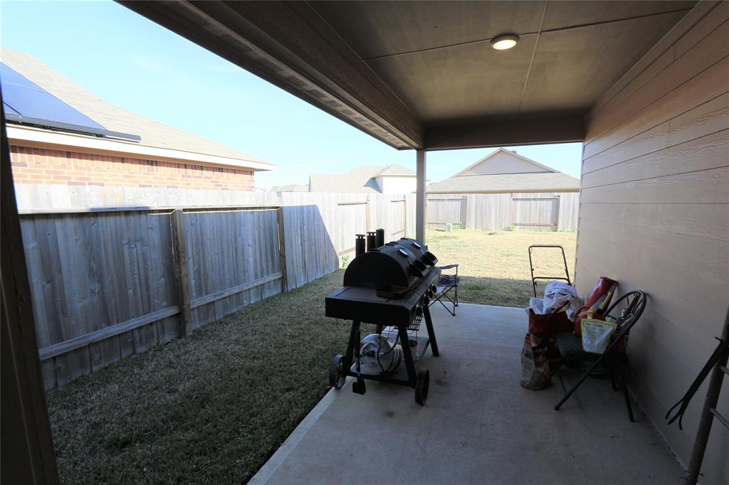 Off Market | 2702 Lincolns Meadow Drive Spring, Texas 77373 18