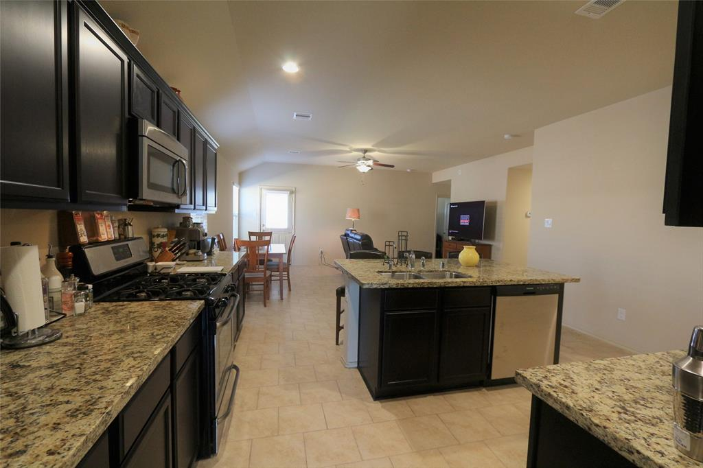 Off Market | 2702 Lincolns Meadow Drive Spring, Texas 77373 4