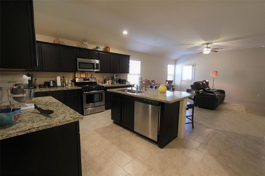 Off Market | 2702 Lincolns Meadow Drive Spring, Texas 77373 5