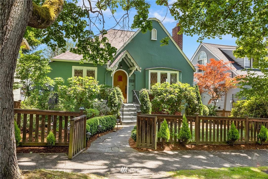 Sold Property | 5214 36th Avenue NE Seattle, WA 98105 1