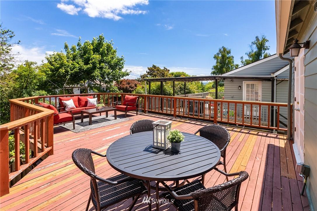 Sold Property | 5214 36th Avenue NE Seattle, WA 98105 14