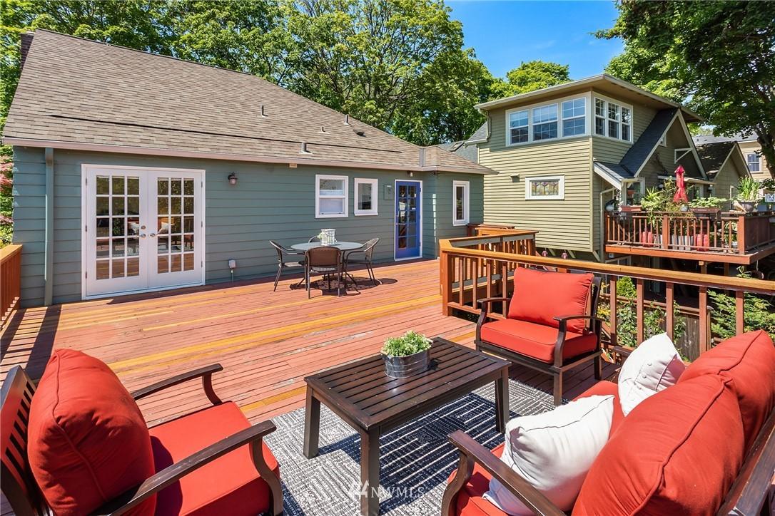 Sold Property | 5214 36th Avenue NE Seattle, WA 98105 15