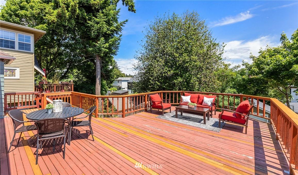 Sold Property | 5214 36th Avenue NE Seattle, WA 98105 16