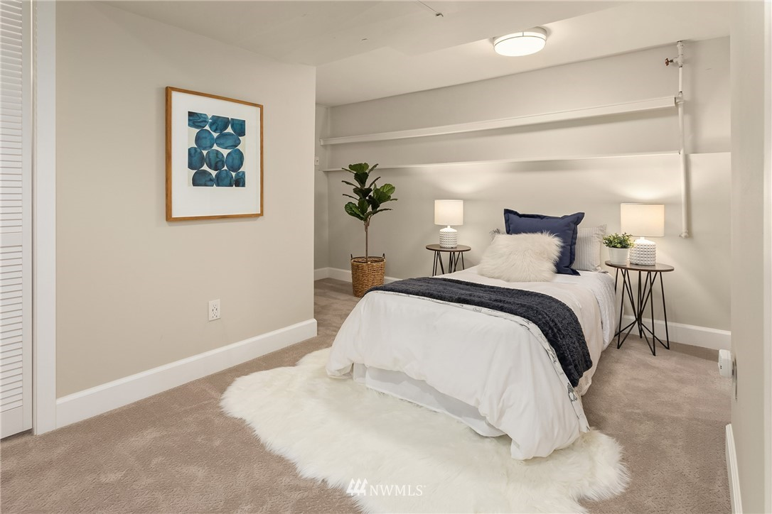 Sold Property | 5214 36th Avenue NE Seattle, WA 98105 23