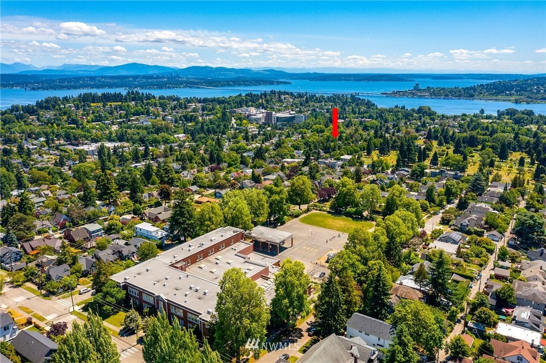 Sold Property | 5214 36th Avenue NE Seattle, WA 98105 28