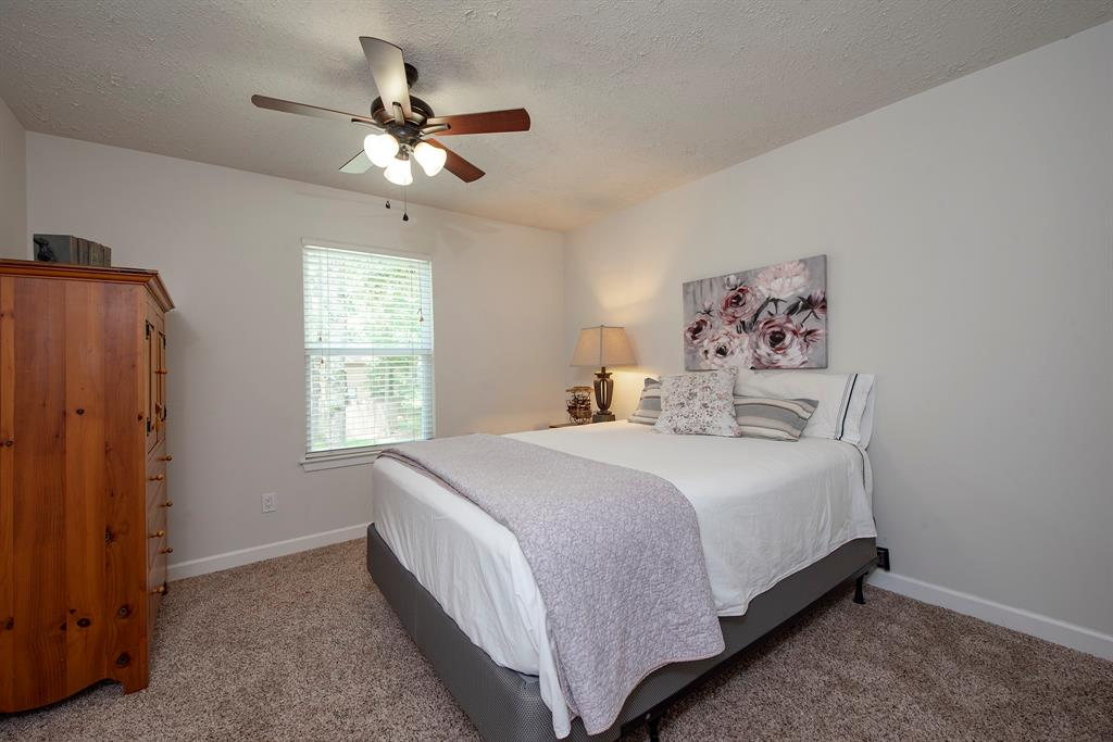 Pending Continue to Show | 2008 E Lacey Oak Circle The Woodlands, Texas 77380 22