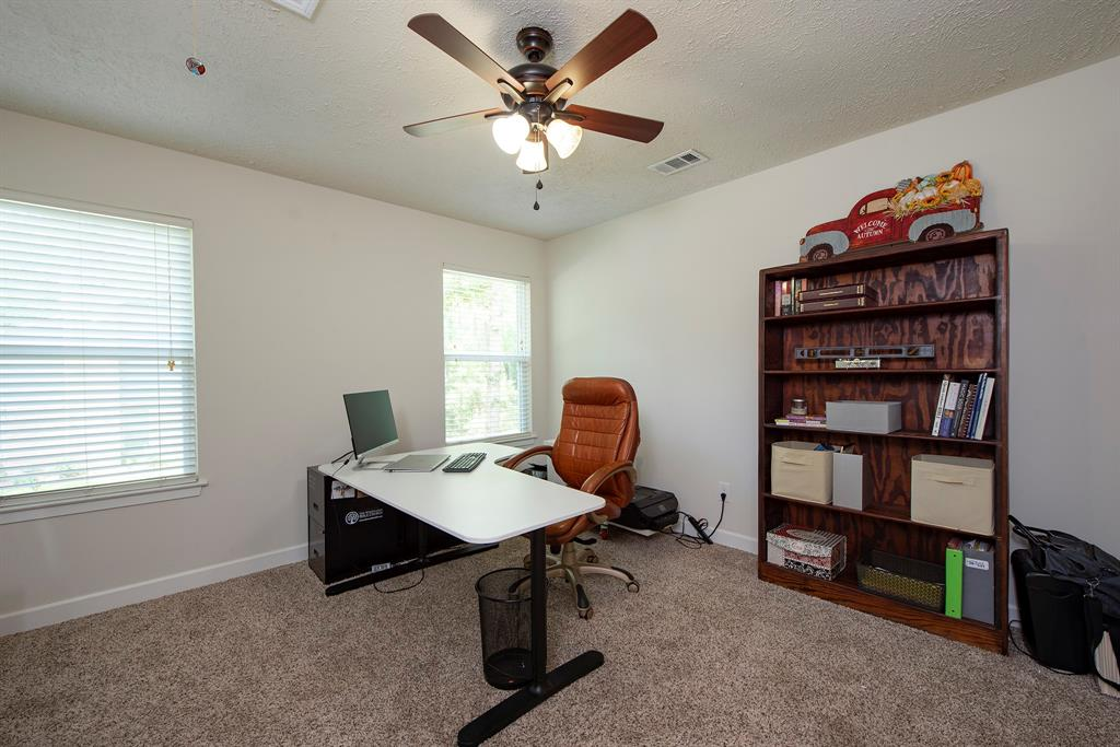 Pending Continue to Show | 2008 E Lacey Oak Circle The Woodlands, Texas 77380 24