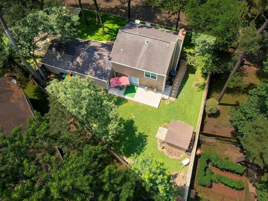 Pending Continue to Show | 2008 E Lacey Oak Circle The Woodlands, Texas 77380 2