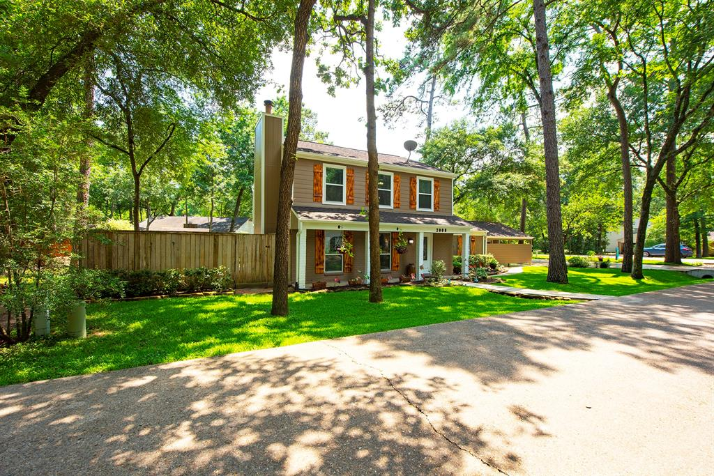 Pending Continue to Show | 2008 E Lacey Oak Circle The Woodlands, Texas 77380 3