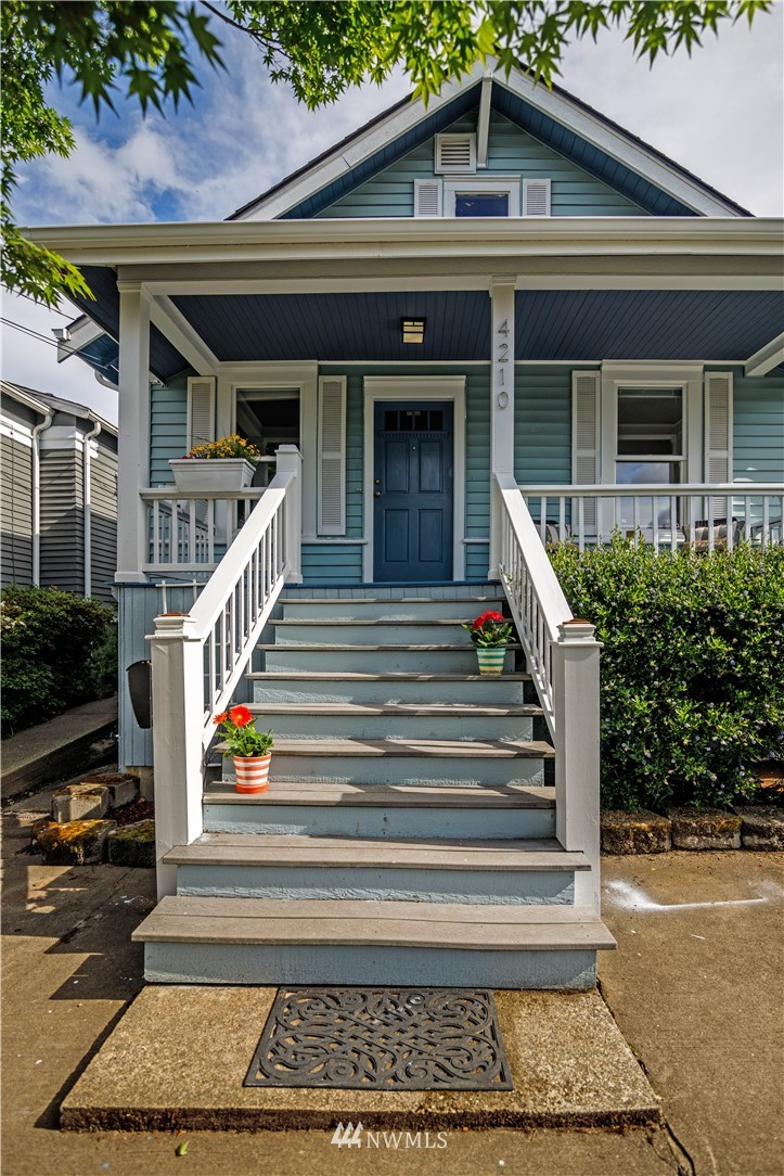 Sold Property | 4210 S Spencer Street Seattle, WA 98118 1