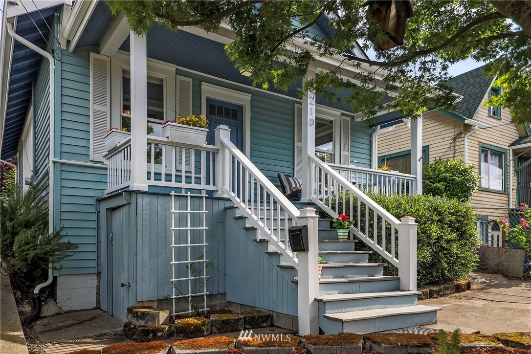 Sold Property | 4210 S Spencer Street Seattle, WA 98118 2