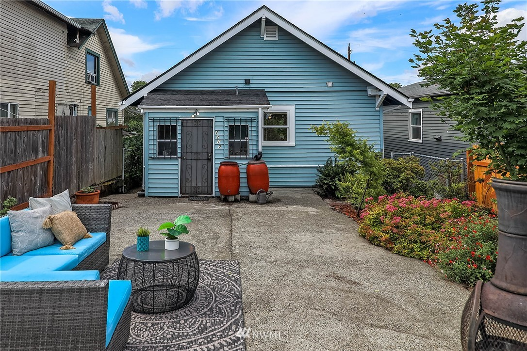 Sold Property | 4210 S Spencer Street Seattle, WA 98118 15