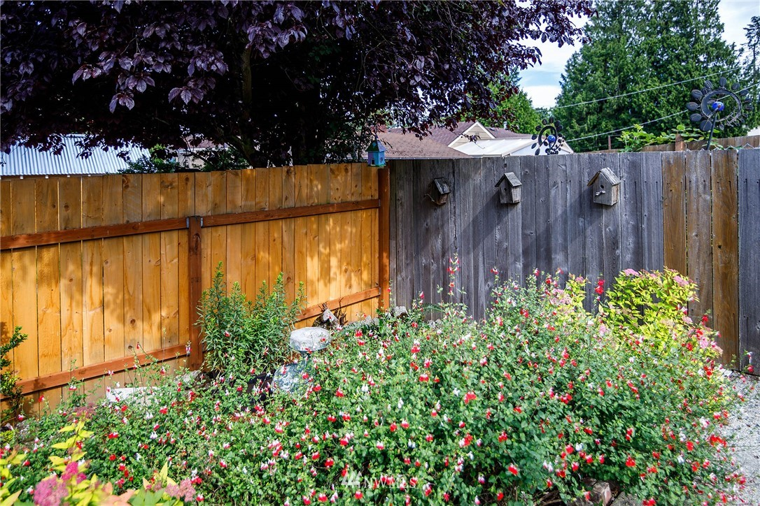 Sold Property | 4210 S Spencer Street Seattle, WA 98118 19