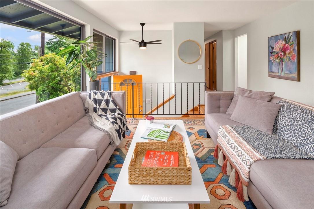 Sold Property   11019 10th Avenue SW Seattle, WA 98146 2