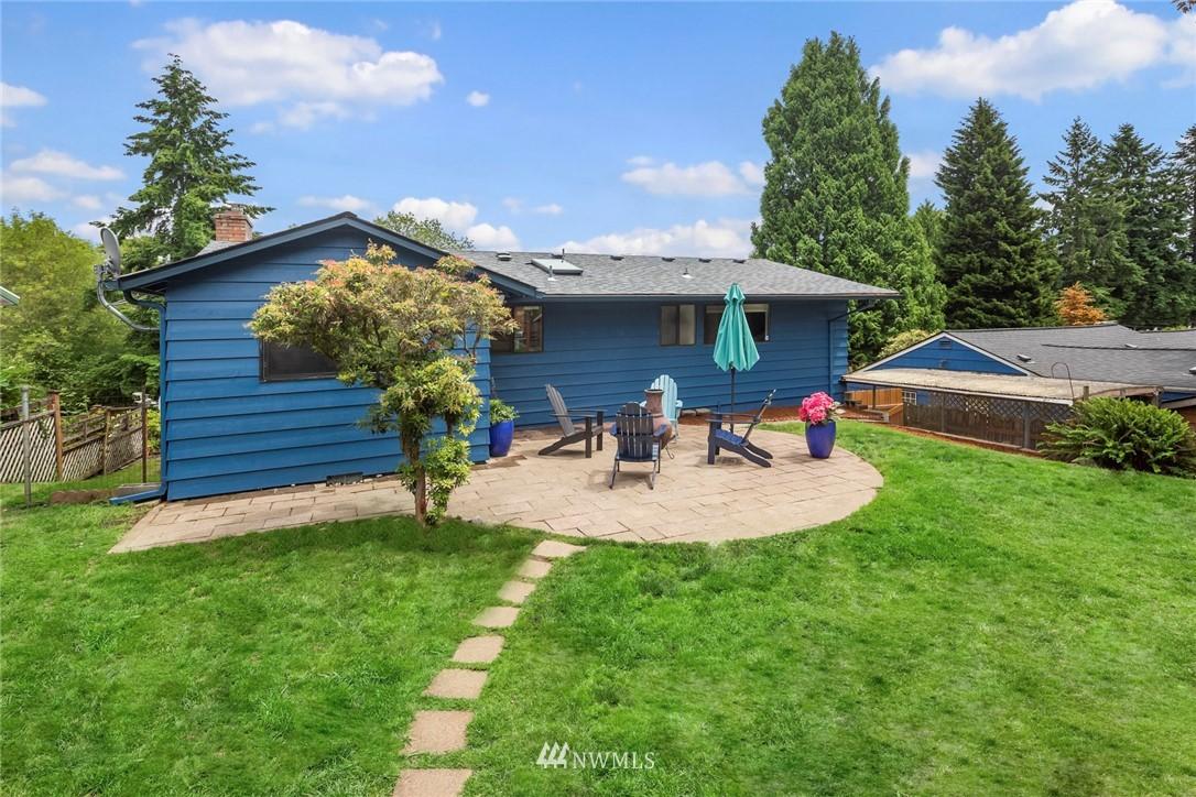 Sold Property   11019 10th Avenue SW Seattle, WA 98146 18