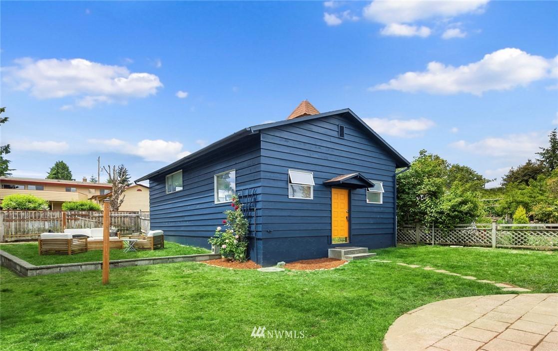 Sold Property   11019 10th Avenue SW Seattle, WA 98146 21
