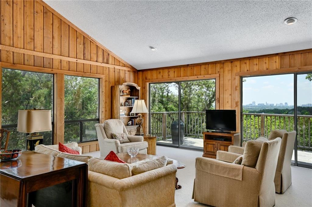 Pending | 810 Rock Creek Drive West Lake Hills, TX 78746 2