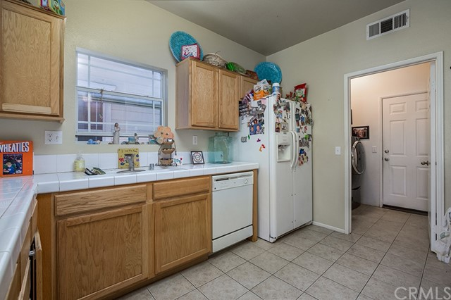 Off Market | 83 Orangewood Court Redlands, CA 92373 7