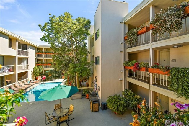 Active | 1230 N Sweetzer Avenue #208 West Hollywood, CA 90069 3