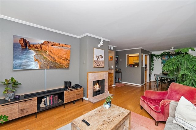 Active | 1230 N Sweetzer Avenue #208 West Hollywood, CA 90069 5