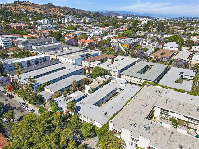 Active | 1230 N Sweetzer Avenue #208 West Hollywood, CA 90069 18