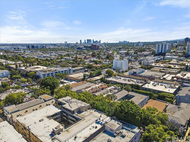Active | 1230 N Sweetzer Avenue #208 West Hollywood, CA 90069 19