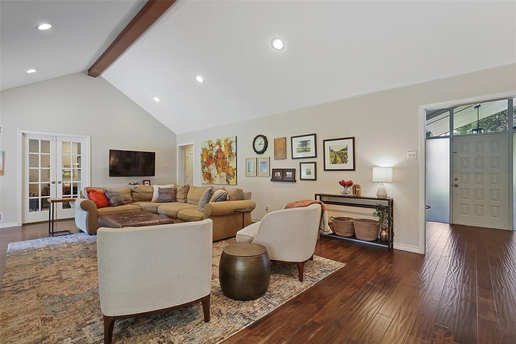 Sold Property | 6539 Briarmeade Drive Dallas, Texas 75254 10