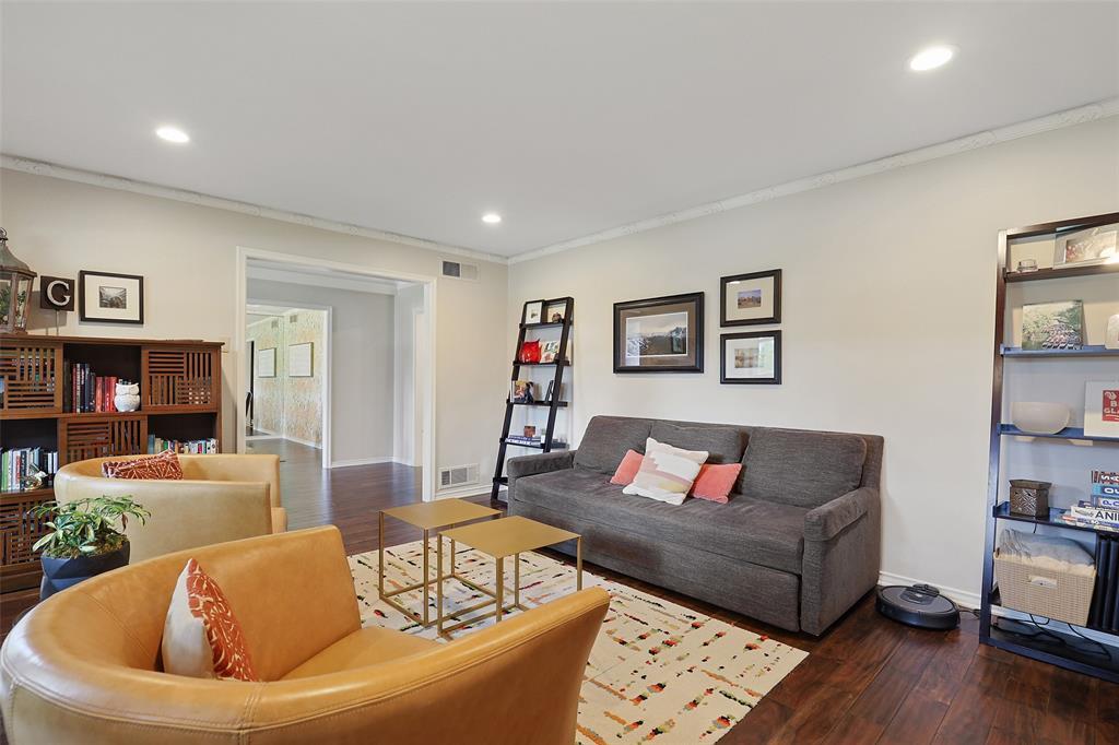 Sold Property | 6539 Briarmeade Drive Dallas, Texas 75254 5