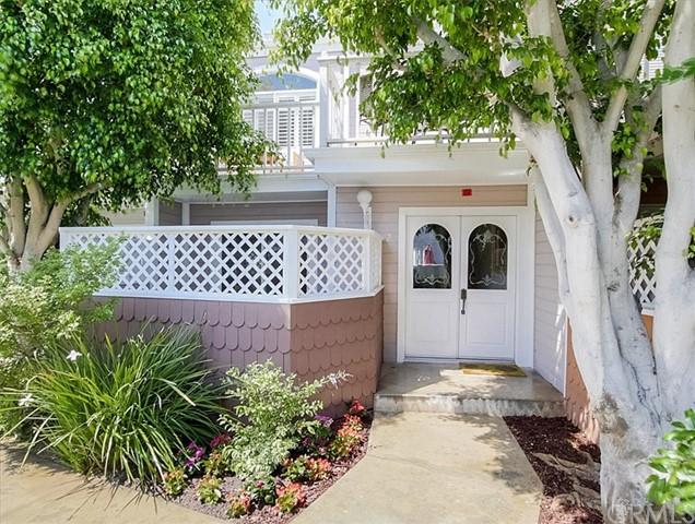 Closed | 320 N Catalina Avenue #7 Redondo Beach, CA 90277 1