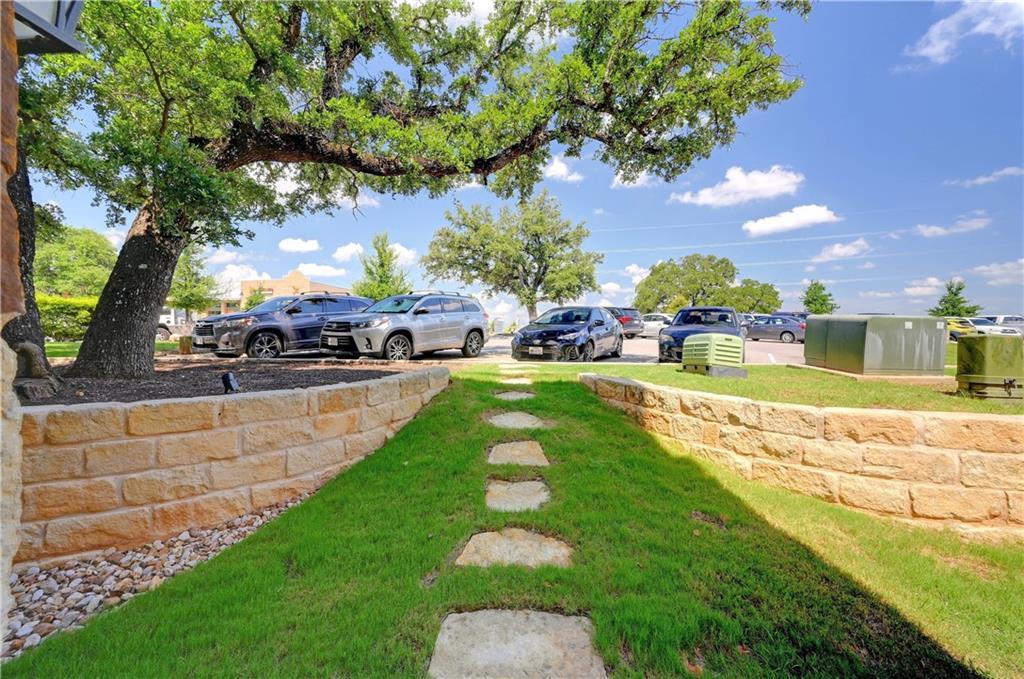ActiveUnderContract | 1013 HighKnoll Lane Georgetown, TX 78628 27