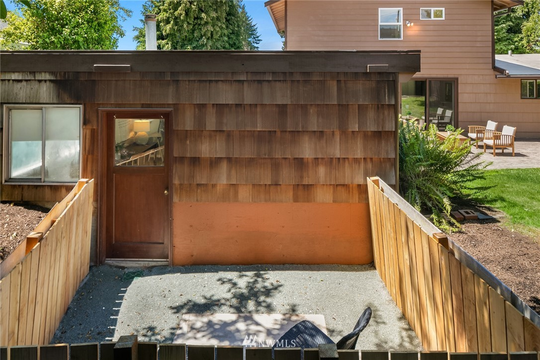 Sold Property | 20248 21st Avenue NW Shoreline, WA 98177 27