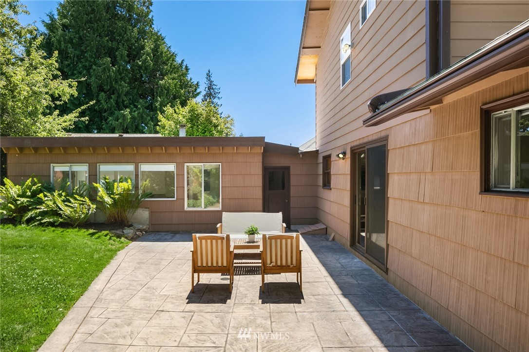 Sold Property | 20248 21st Avenue NW Shoreline, WA 98177 4