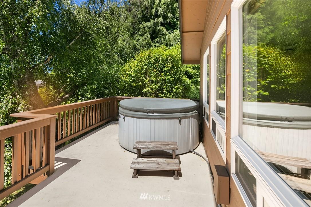 Sold Property | 20248 21st Avenue NW Shoreline, WA 98177 16