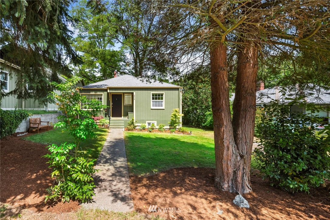 Sold Property | 2506 NE 120th Street Seattle, WA 98125 1