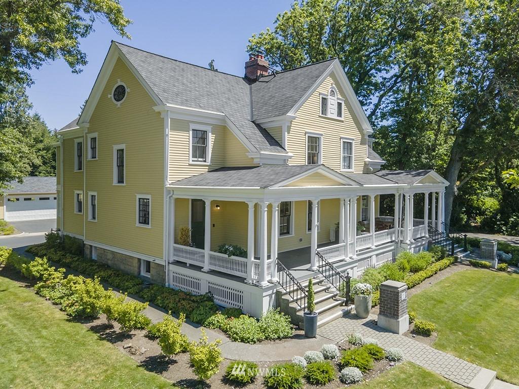 Sold Property | 4002 Washington Ave W Seattle, WA 98199 0