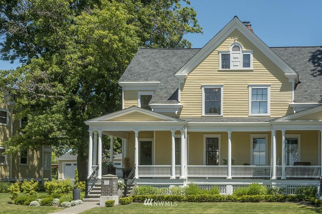 Sold Property | 4002 Washington Ave W Seattle, WA 98199 3