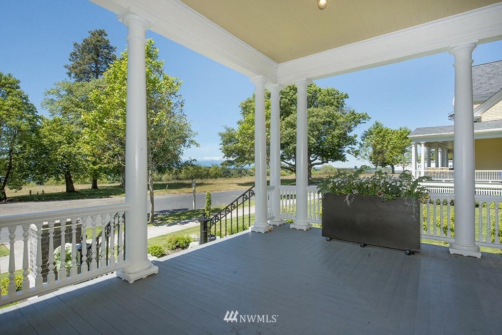 Sold Property | 4002 Washington Ave W Seattle, WA 98199 5