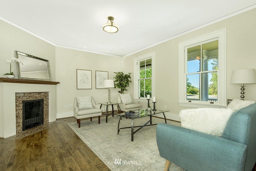 Sold Property | 4002 Washington Ave W Seattle, WA 98199 7