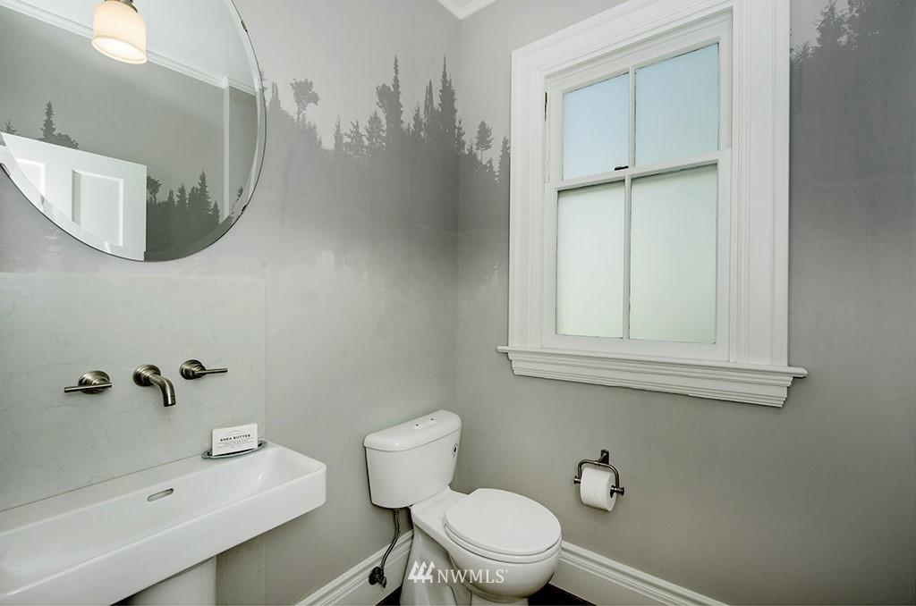 Sold Property | 4002 Washington Ave W Seattle, WA 98199 14