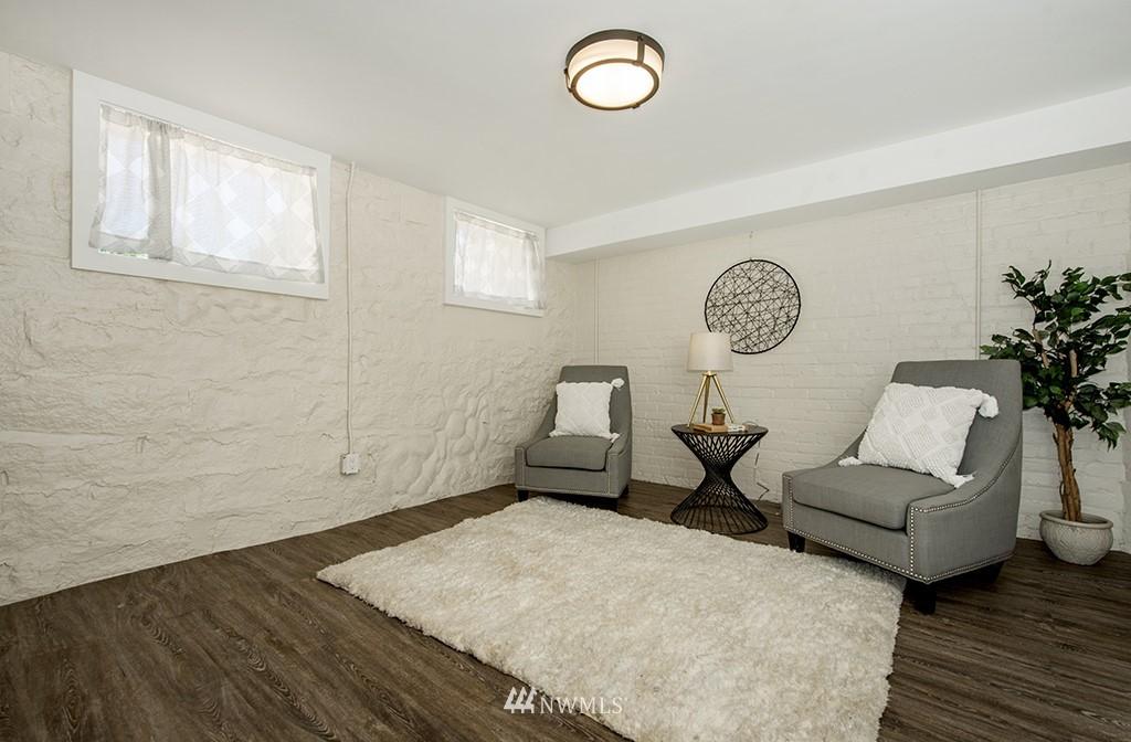 Sold Property | 4002 Washington Ave W Seattle, WA 98199 24