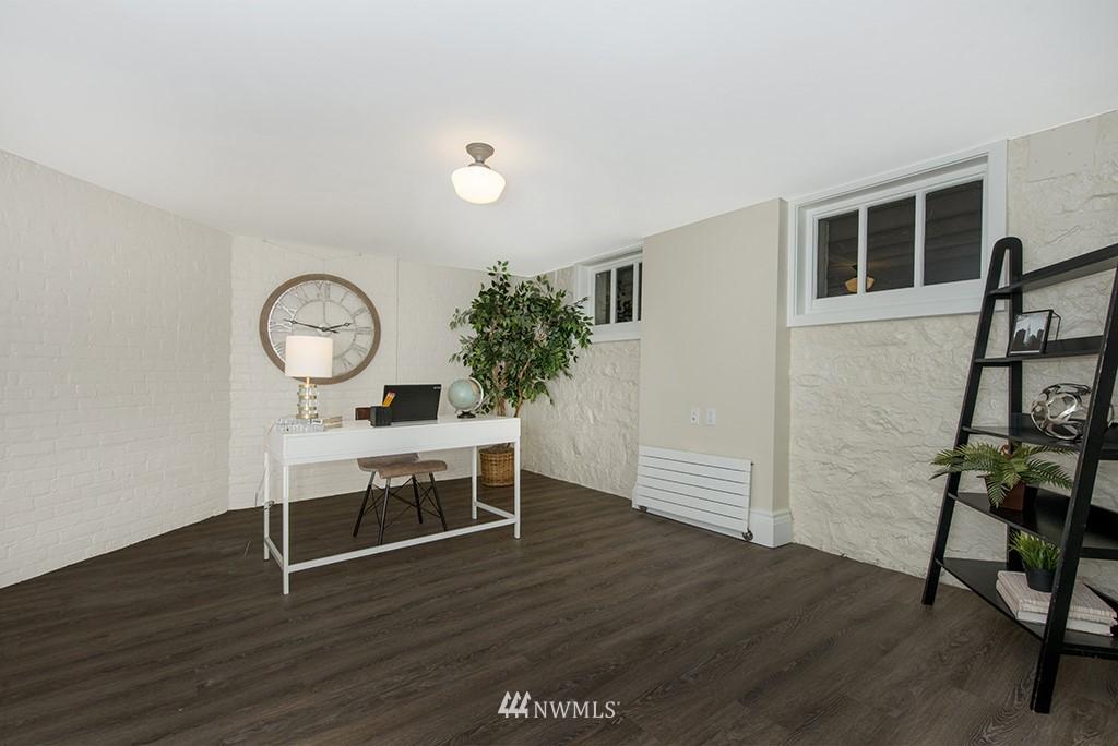 Sold Property | 4002 Washington Ave W Seattle, WA 98199 25