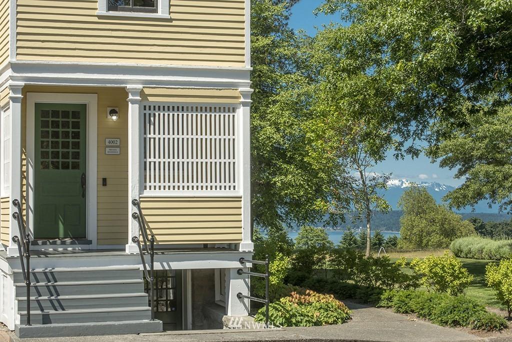 Sold Property | 4002 Washington Ave W Seattle, WA 98199 28