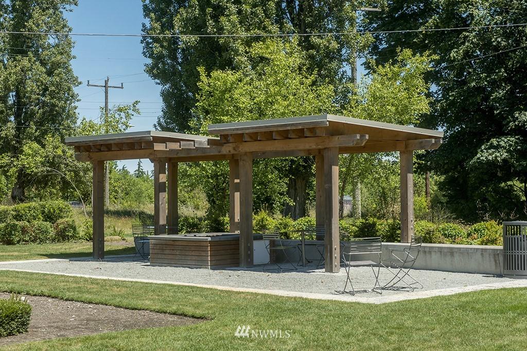 Sold Property | 4002 Washington Ave W Seattle, WA 98199 31