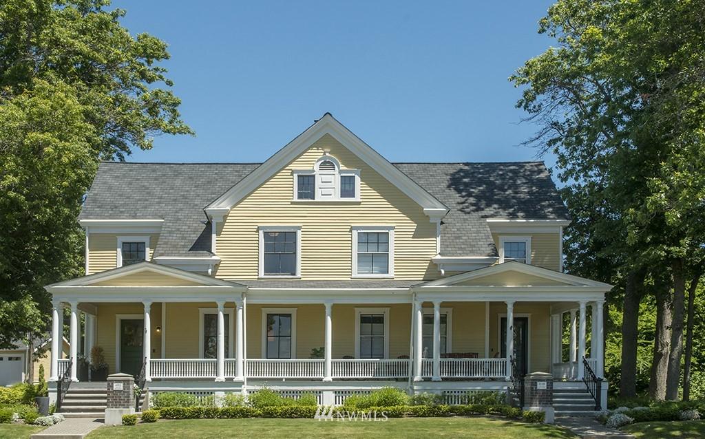 Sold Property | 4002 Washington Ave W Seattle, WA 98199 34
