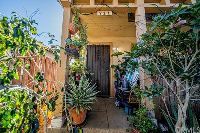 Active   707 Camulos Street East Los Angeles, CA 90023 15