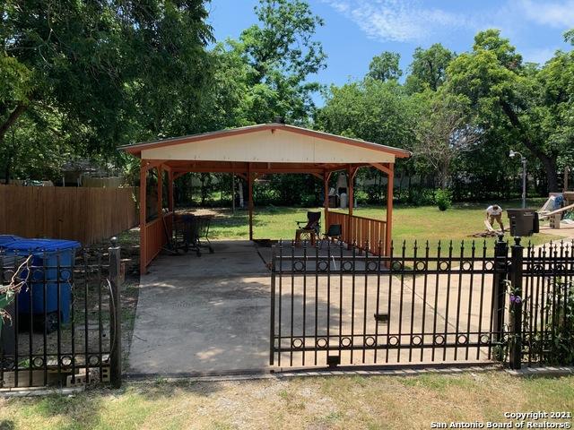 Active | 402 School St San Antonio, TX 78210 14