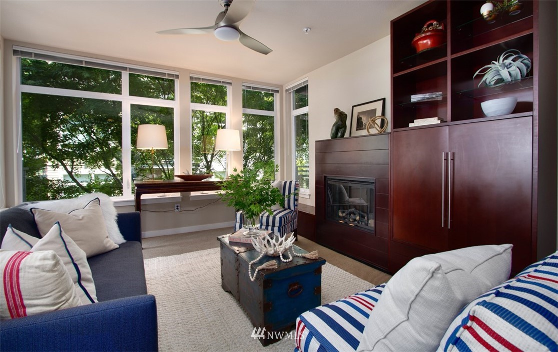 Sold Property | 180 Harbor Square Loop NE #B-222 Bainbridge Island, WA 98110 2